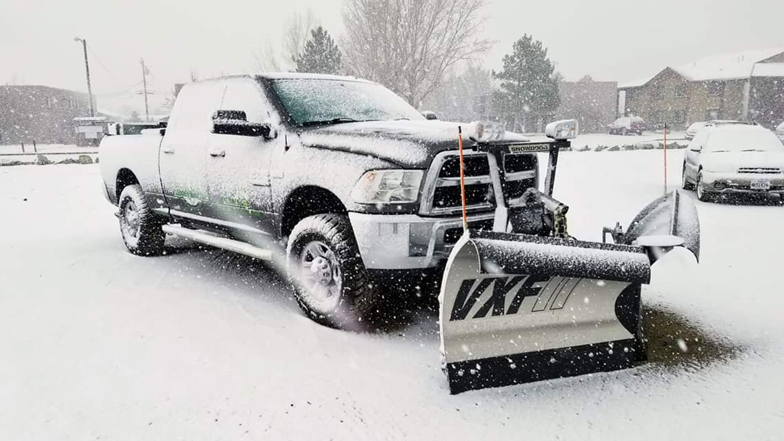 snow removal 2 - Hire The Gardener Snow Removal Reviews